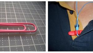 How to make an earphone clip from a paperclip