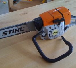 Fix up a toy chainsaw with sugru
