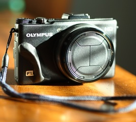 Add grip to an Olympus XZ-1