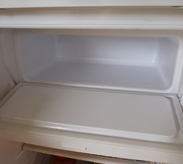 Repair a freezer door